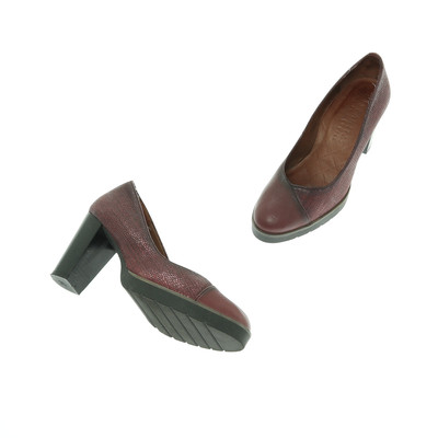 Hispanitas bordó magassarkú cipő