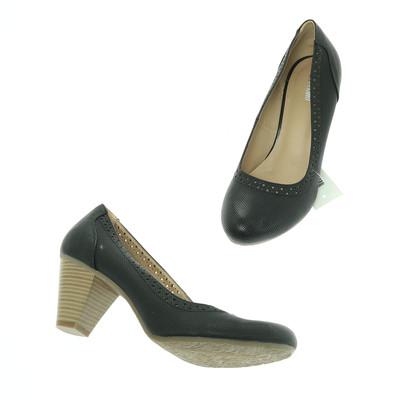 Graceland fekete maggassarkú cipő